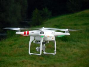 quadrocopter-451747_1280